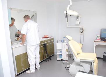 Dentist - Dr. Alain Huet